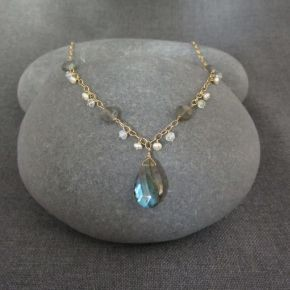 Labradorite, Moonstone & Pearl Necklace €155