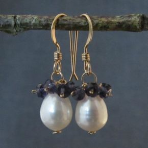 Pearl & Iolite Earrings €64