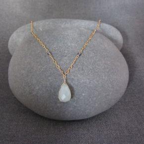 Chalcedony & Iolite Necklace €94