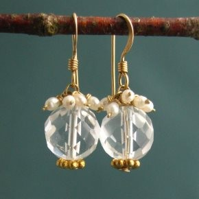 Quartz Crystal & Pearl Earrings €66