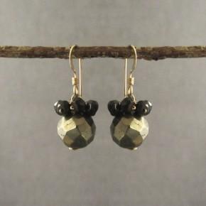 Pyrite & spinel Earrings €64
