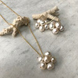 Handmade pearl cluster necklace with pearl earring